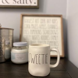 NWT Rae Dunn SWEETIE Mug